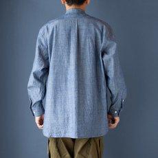 画像4: 【20%OFF】デニムシャンブレーバンドカラーシャツ|ブルー (4)